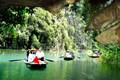 Tam Coc Rowing Boat - Ninh binh Day Tour