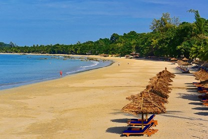 Ngapali beach in Myanmar - Myanmar day tour
