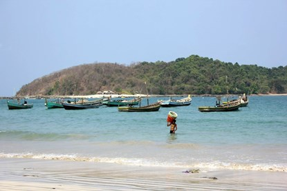 Ngapali Beach - Myanmar Day Tour