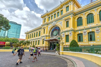 CENTRAL POST OFFICE - EXPLORE HALF DAY HO CHI MINH CITY TOUR
