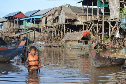 Daily life on Tonle Sap