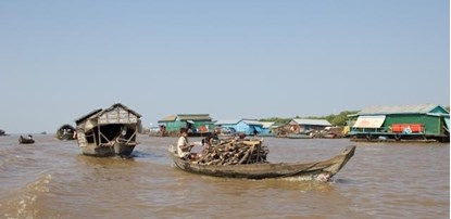 Daily local in  Kompong Khleang Floating Village at Tonle Sap lake