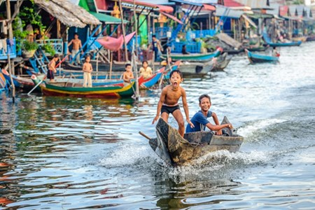 Picture of Floating village in Siem Reap - Tip travel Cambodia