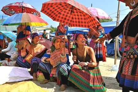 Picture of COLORFUL BAC HA MARKET - TIP TRAVEL GUIDE