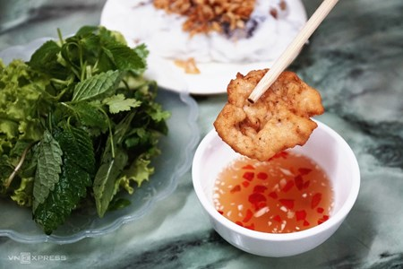 Picture of The food scene in scenic Halong Bay