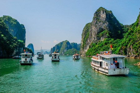 Picture of Vietnam's Ha Long Bay gets another int'l complement